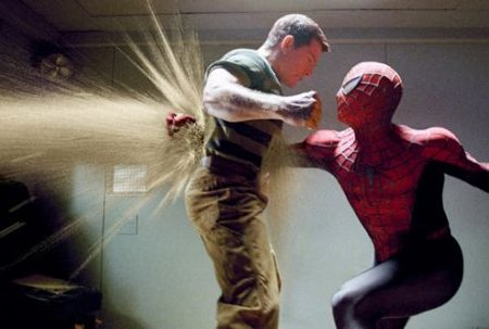 Spiderman attacks Sandman