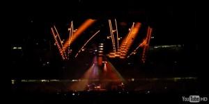 U2-particle-tracks