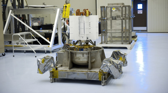 curiosity rover battery - photo #12