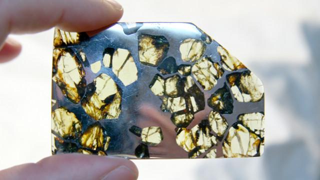 esquel-meteorite